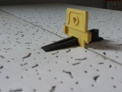 Novi sistem nivelatora za keramičke pločice